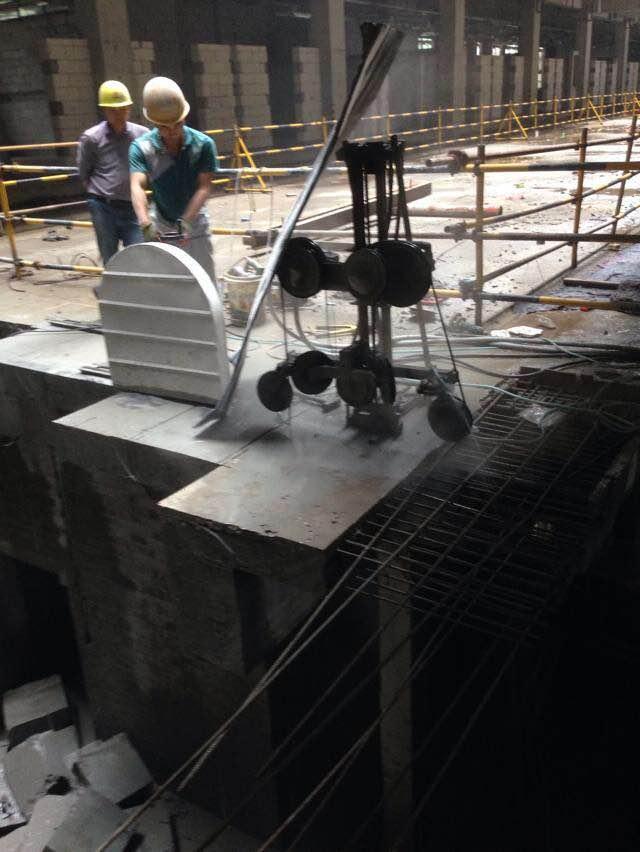 房屋静力拆除公司 西安粘钢加固哪家好 西安佳达建筑加固工程有限公司