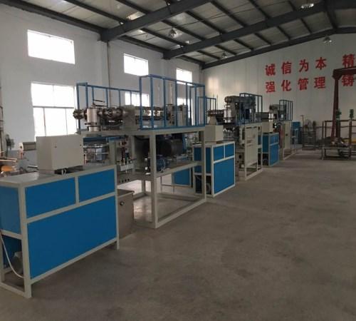 水带-双层下吹水龙带生产线-莱芜市龙越塑料机械有限公司